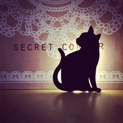 :: cat...