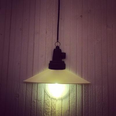 :: LED...